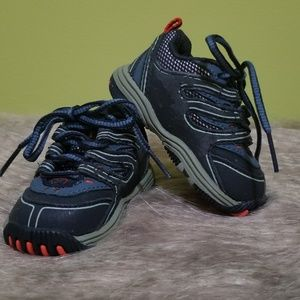 Reebok baby/toddler size 2 navy with gray and red